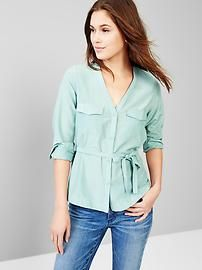 V-neck tie-waist top