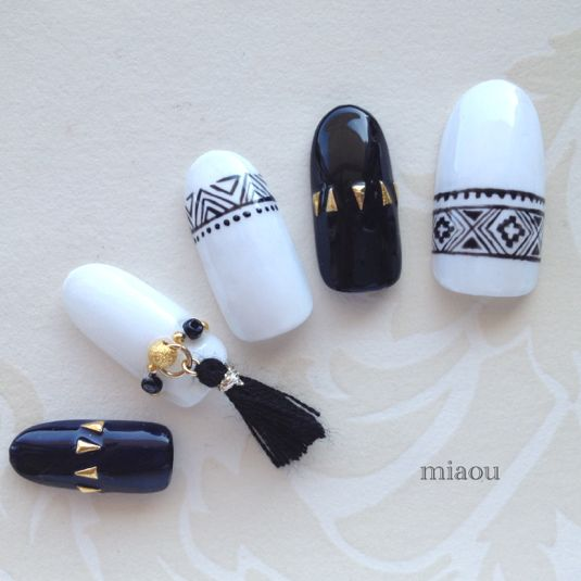 Monotone native nail tip with tassel