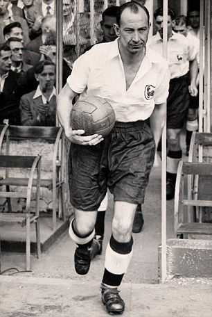 #SpursOnThisDay 25th March 1939 - Ron Burgess scores for his first Spurs goal vs Swansea.