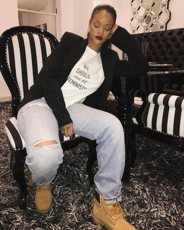 Rihanna Dior feminists tee Spring 2017 we should all be feminists, Timberland nubuck suede boots