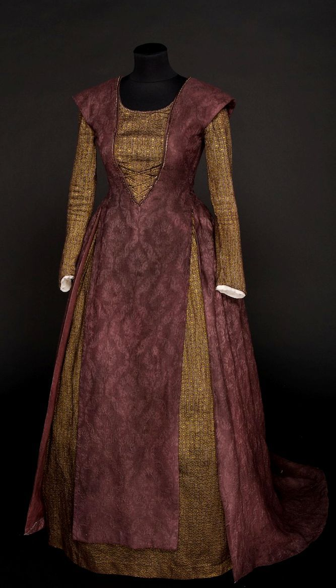 FANTASY & MEDIEVAL WONDERFULL FASHION I am collecting pictures of 14th century English clothing for my novel.