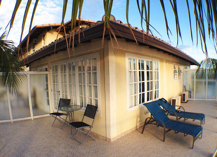 varanda em L no hotel portoveleiro que faz parte do Cabo Frio Arraial do Cabo - Hospedagem e roteiro para dois dias
