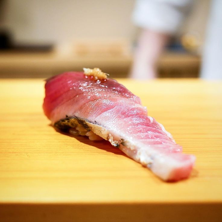 Bonito is in today. Here is some bonito Nigiri with ginger (Sushi Arai in Ginza) #sushi #food #foodporn #japanese #Japan #dinner #sashimi #yummy #foodie #lunch #yum
