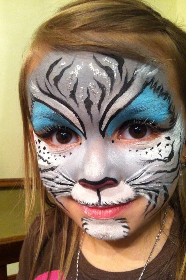 Kitty face painting, cat face