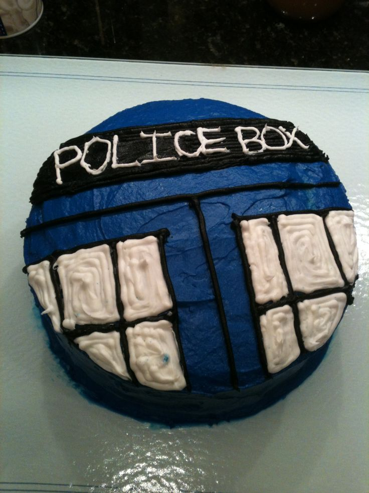 Doctor Who TARDIS cake that I might actually be able to make...