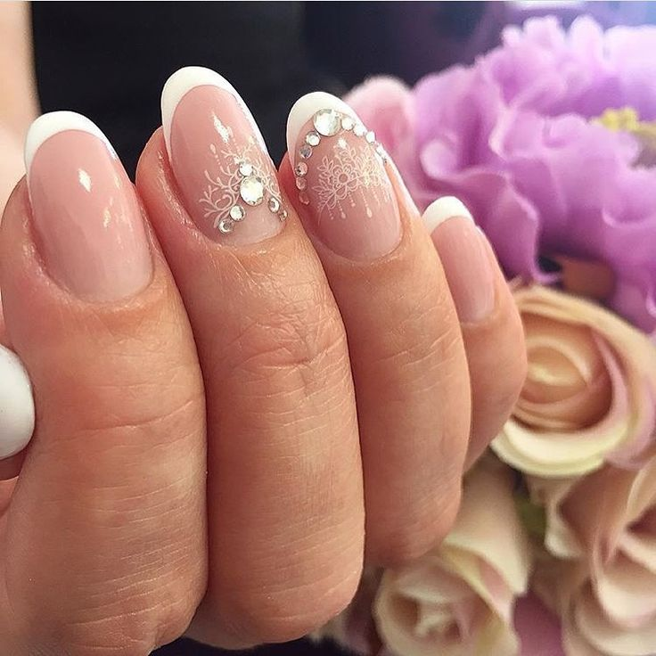 Accurate nails, Beautiful patterns on nails, French manicure with pattern, Nails…