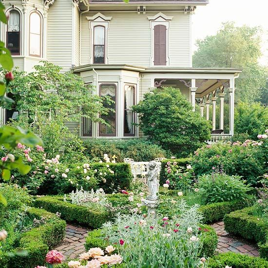 Victorian with low clipped boxwood hedges