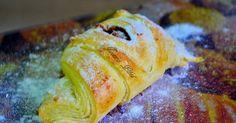 De: Joana Paes II 600 gr de farinha de trigo especial (4 xicaras) 3 colheres de sopa de açúcar 1 colher de sobremesa de sal 3 colhe...