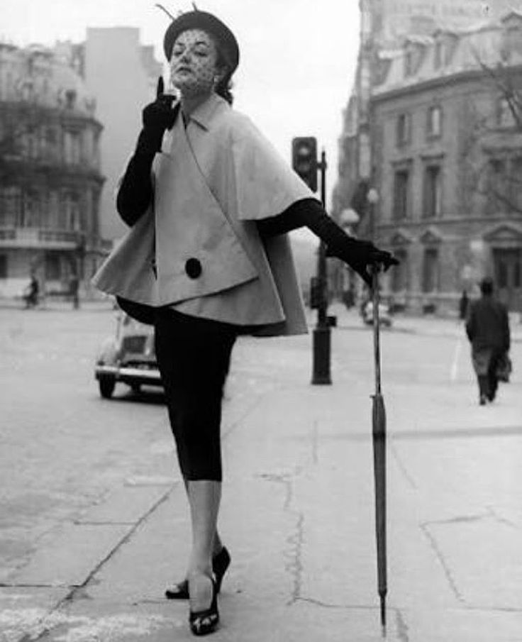 """286 mentions J'aime, 1 commentaires - Pip Christmass (@bygones_beauty) sur Instagram : """"Strike a pose #1950s #1950sfashion"""""""