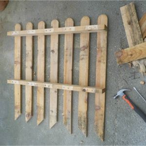 Les 25 meilleures images de la cat gorie portail palette - Fabriquer une cloture en bois de recup ...