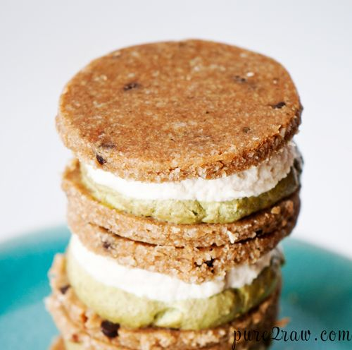 Macadamia Mint Cookie sandwich (pure2raw) -- cookies sandwiched with macadamia nut butter and avocado mint fillings. I am particularly intrigued but the avocado filling. Thinking of switching things up and using it as a spreadable icing over vegan brownies.