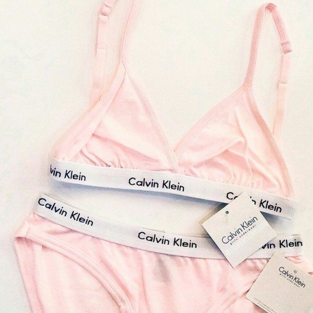 So Instant buy more styles, colours and sizes on my page Brand new with tags! Baby pink Genuine Calvin klein casual sports triangle bra and knicker set size EXTRA SMALL ! Will only fit a uk 4 / 6 / small 8. Cup 28 30 32 34 sizes AA / A / B possibly SMALL C s. Bought a few of these back from the outlet in florida so tags were slightly cut to prevent returns to the main store. crop top bralette. PM to buy (32 through paypal). Or