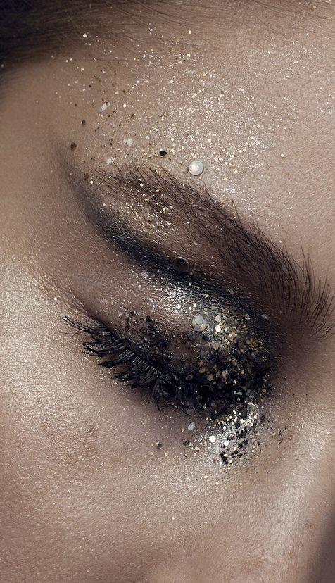 Moon dust makeup