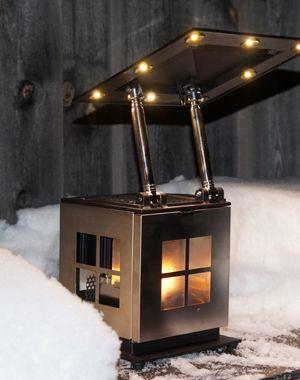 JOI är ställbar så att du kan rikta ljusbehovet dit du vill. 1560 kr  #led #värmeljus #stearinljus #lampa #lykta #unik #outdoor #Indoor #caframo #ledbelysning #gardyes #gorgeous