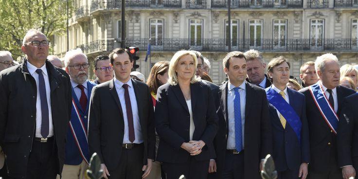 France. 1er mai 2016. Le Front national demande à ses frondeurs Bruno Gollnisch et Marie-Christine Arnautu de démissionner des instances dirigeantes du parti