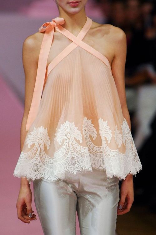 Still Love this top! <3 <3 this in the mallard lace would be beautiful! //alexis mabille