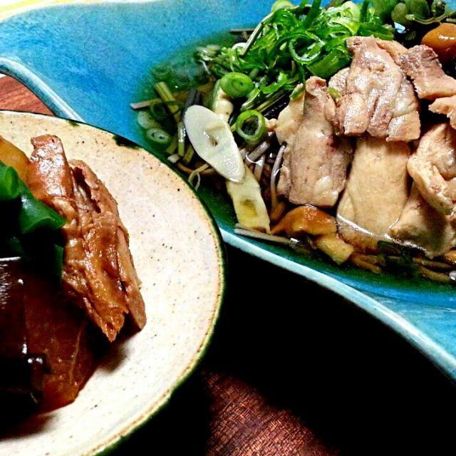 今夜は二八蕎麦で山形の肉そば!!  手作りのツナと大根を炊きました 大好きなんです!! 鰤大根よりクセも少なくこれまた美味し。 せっかくなので、ツナが細くならないように炊く時は放ったらかしさ(笑 うめぇぇーーー - 175件のもぐもぐ - 山形 肉そば・手製ツナと大根の炊いたん by tata3