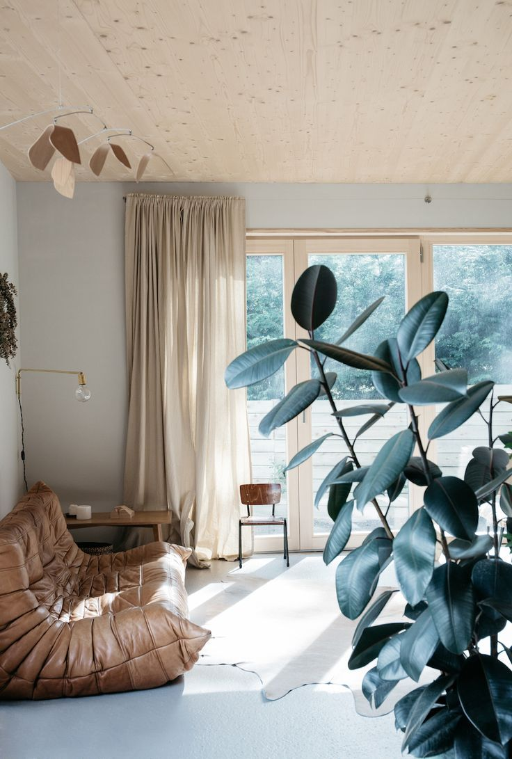 Inspiration for a mid sized timeless enclosed living room remodel in - Chez Aur Lie L Cuyer