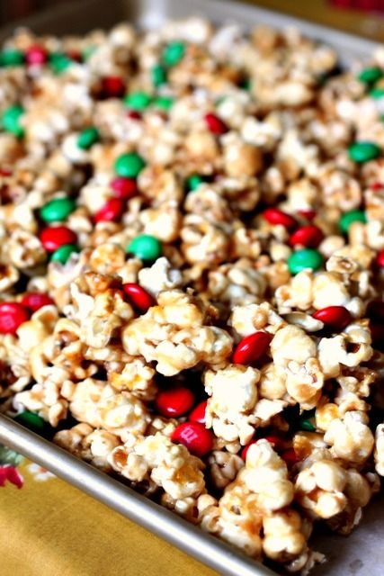 caramel popcorn Christmas snack!  This looks yummy, even though Christmas has come & gone.
