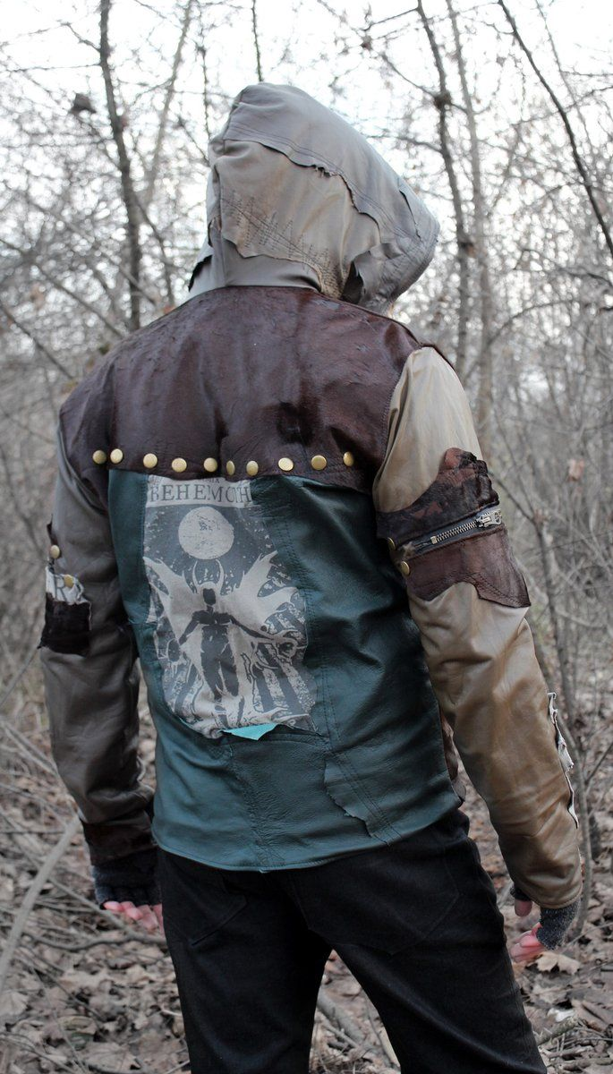 --> STRICTLY LIMITED TO A SINGLE PIECE!!! <-- Jacket made of genuine leather and Lucifer print*. Huge hood. 2 pockets. Fully lined. * This...