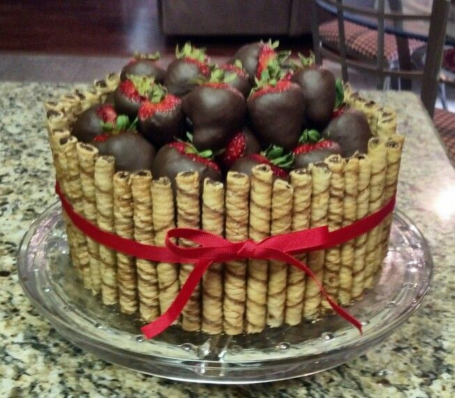 Strawberry Chocolate Cake -- variation on a theme, and probably a VERY big hit without much effort