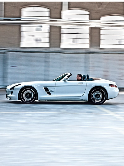 Mercedes-Benz SLS AMG Roadster http://www.autorevue.at/best_of_test/fahrberichte/mercedes-benz-sls-amg-roadster-test.html