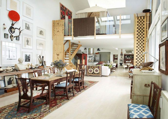 Eclectic Photographer's Apartment : Rich and Stylish Decorations Overflowing with Personality