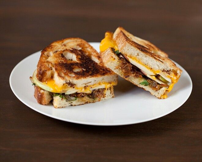 Apple Grilled Cheese Sandwich | My Grilled Chesse Empire | Pinterest