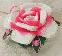 Rosa di Pannolini - Rosa di pannolini realizzabile per maschietti e femminucce. Idea della marlincreazioni.it