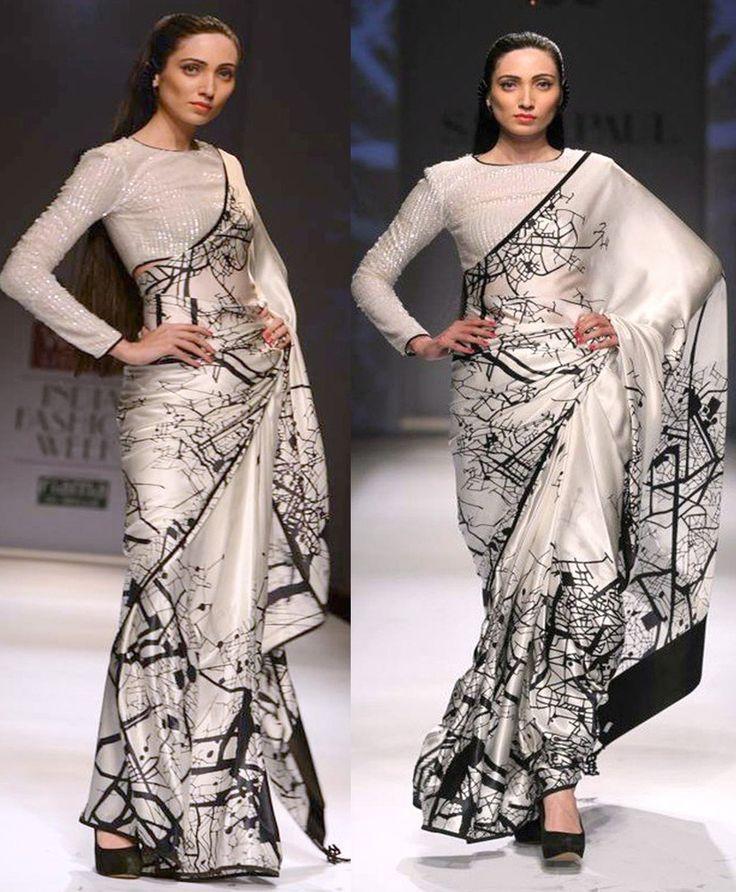 Silk+White+&+Black+Printed+Saree+-+KK319 at Rs 1399