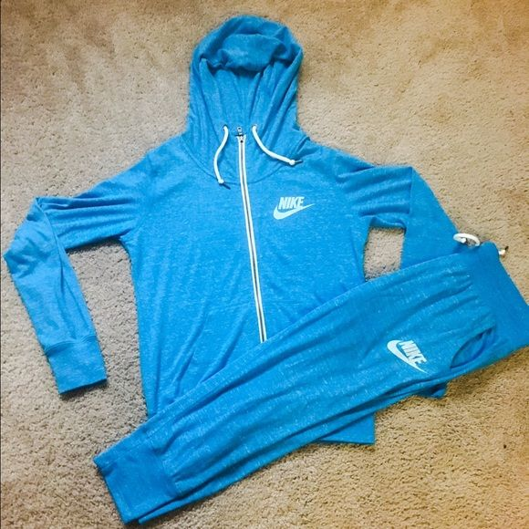 Nike Jogging Suit in Aqua (Womens) Nike Jogging Suit in Aqua. Brand New (Womens) Hoodie (S) Bottoms (M) Nike Pants Track Pants & Joggers