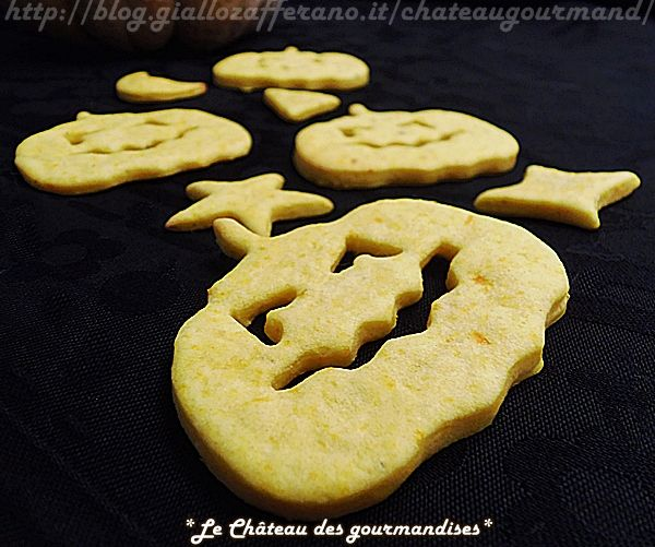 Biscotti salati alle carote e parmigiano per Halloween - Savory cookies with carrots and parmesan cheese