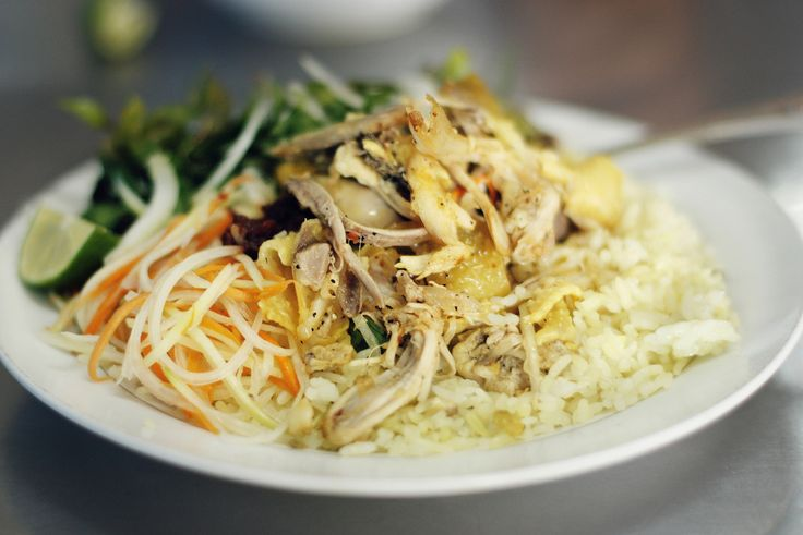 Hoi An Chicken Rice: Vietnamese or Chinese Dish?