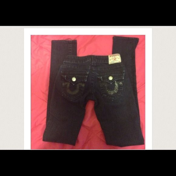 True religion dark wash jeans NO TRADES   Reposhed because they didn't fit. Authentic true religion dark wash Julie skinny. Great condition, really dark blue wash. Size 23 True Religion Jeans