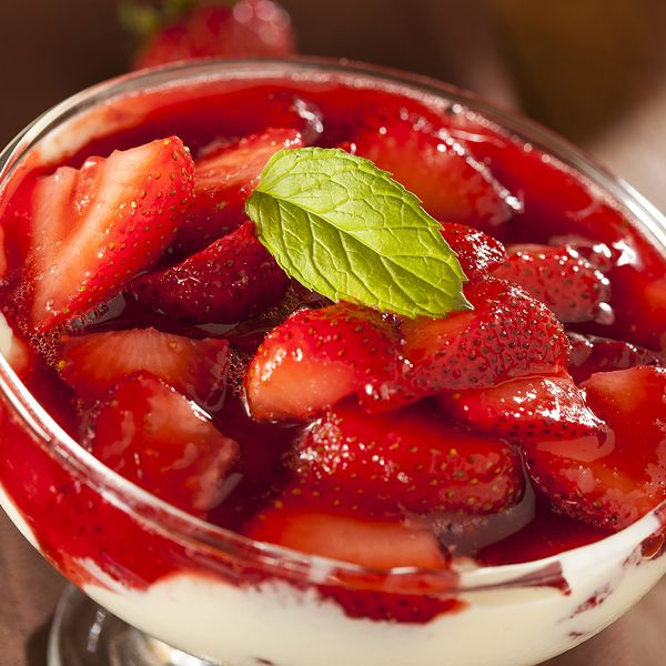 A quick and impressive dessert recipe that is healthy too.. Strawberry Parfait Recipe from Grandmothers Kitchen.