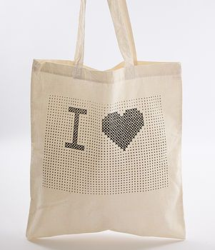 'I Heart…' Tote Bag Cross Stitch Kit  #CrossStitch #PontoCruz For more inspiration: www.portaldopontocruz.blogspot.com