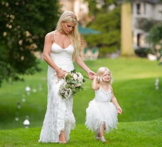 See Jessica Simpson's Daughter Maxwell as an Adorable Flower Girl at Ashlee Simpson's Wedding!  Jessica Simpson, Maxwell
