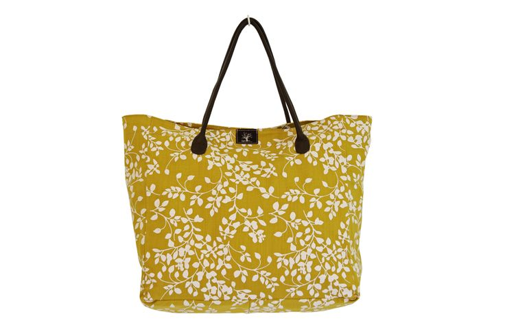 Peppertree Holiday Bag