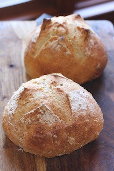 artisan bread for $0.40 a loaf, no kneading, no fussing, no kidding - amazing!!!