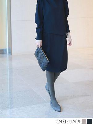 korean fashion online store [COCOBLACK] W Python Clutch / Color : Beige,Navy / Price : 104.60 USD #korea #fashion #style #fashionshop #cocoblack #missyfashion #missy #bag #clutch #dailybag