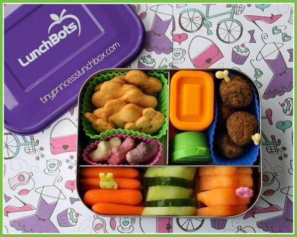 Dinner in our LunchBots! #lunchbots #schoollunchideas #bento
