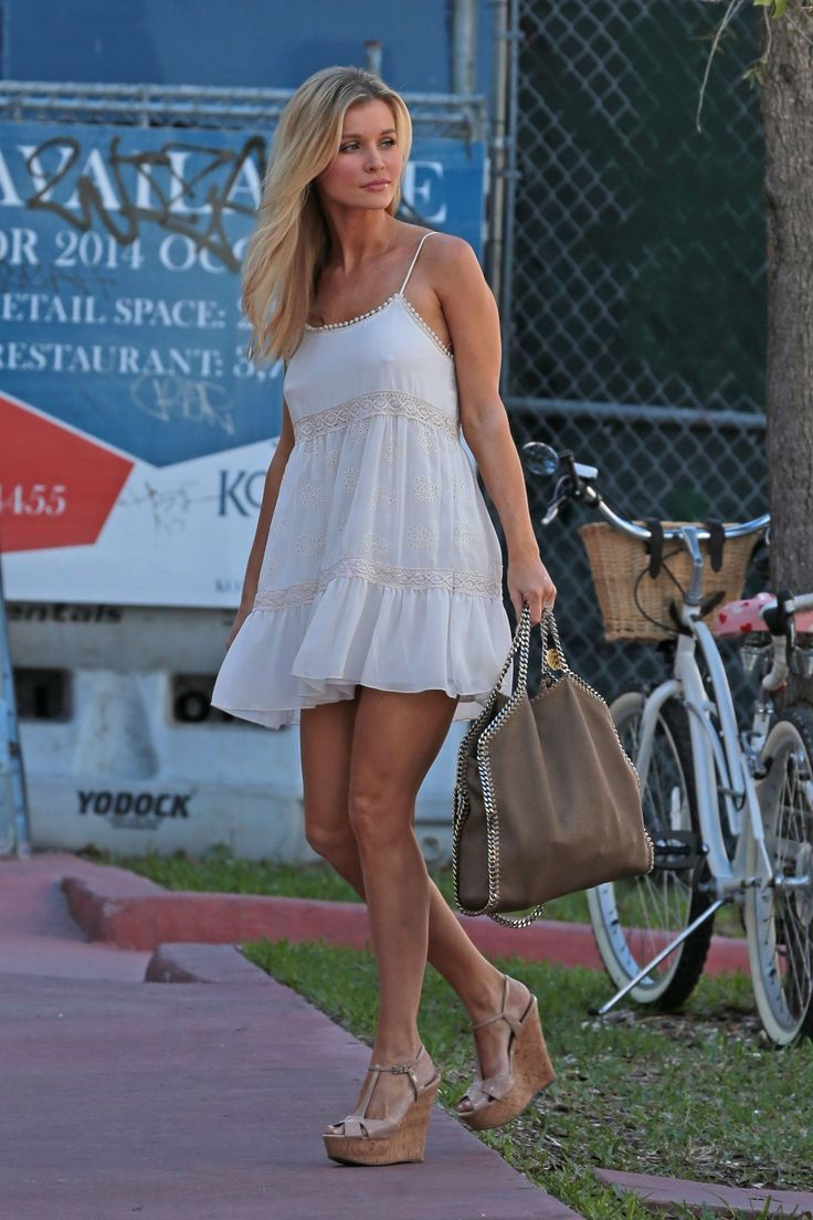 joanna-krupa-in-whote-dress-out-and-about-in-miami_2.jpg (1200×1800)
