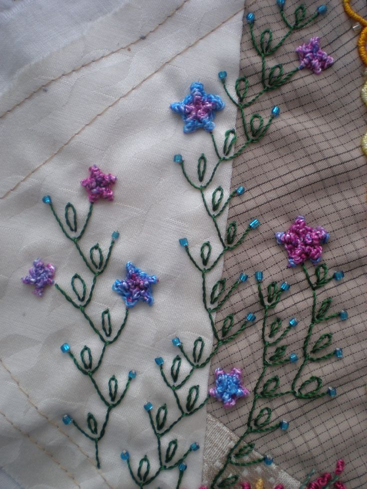 feather stitch with detached chain -- nice combination