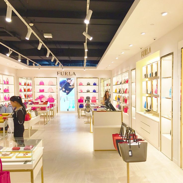 Inside the brand new Furla store in Melbourne South Wharf DFO, wonderfully lit with Sphera products.