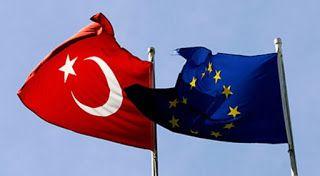Οι Βρυξέλλες θέλουν να συνεχίσουν να συνεργάζονται με την Τουρκία