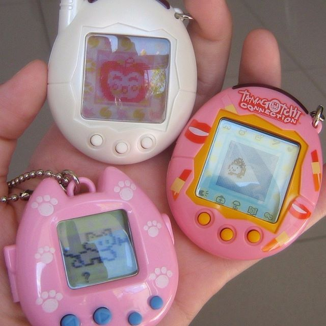 Do you remember Tamagotchis?  Double tap if you do!! ✨