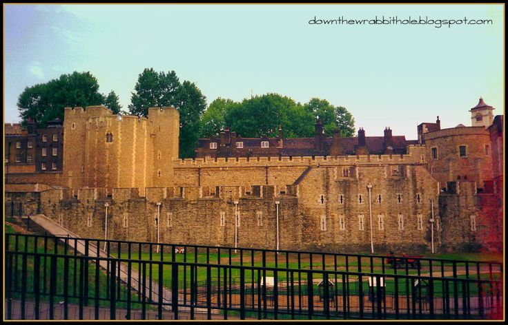 """Visit the famous Tower of London to see the Crown Jewels and Tower Ravens. Photo via """"Down the Wrabbit Hole - The Travel Bucket List"""". Click image for blog post!"""
