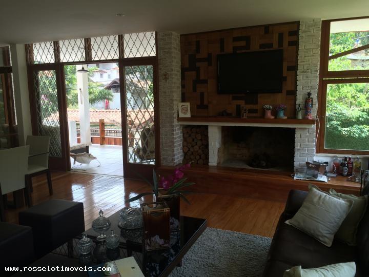 Casa com 5 Quartos para Alugar, 274 m² por R$ 5.000/Mês Iúcas, Teresópolis, RJ, Foto 16