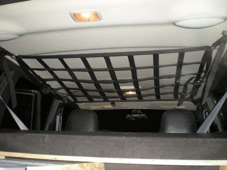 Raingler RBN XJ Jeep Cherokee barrier net securing to roof!