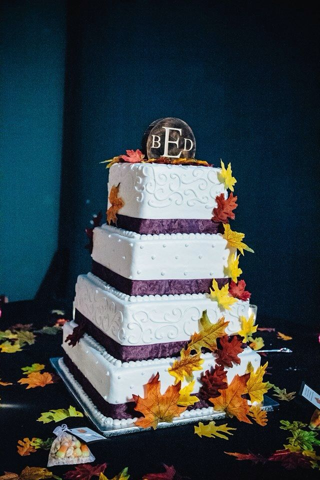 Our fall wedding cake!